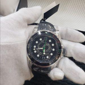 NIB Gucci Watch - Dive Kingsnake Watch